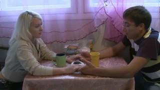 Blonde pratique le candaulisme en vidéo